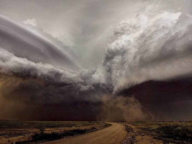 The Alien Hunter - - Planet's EARTH's Most EXTREME WEATHER Events