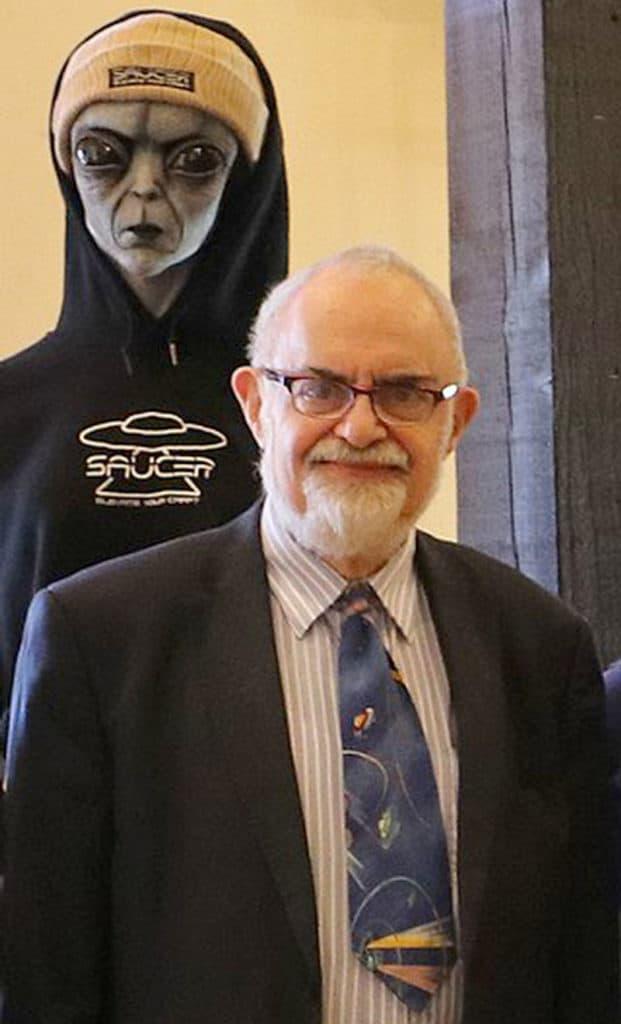 Respected UFO Researcher STANTON FRIEDMAN Dies at 84